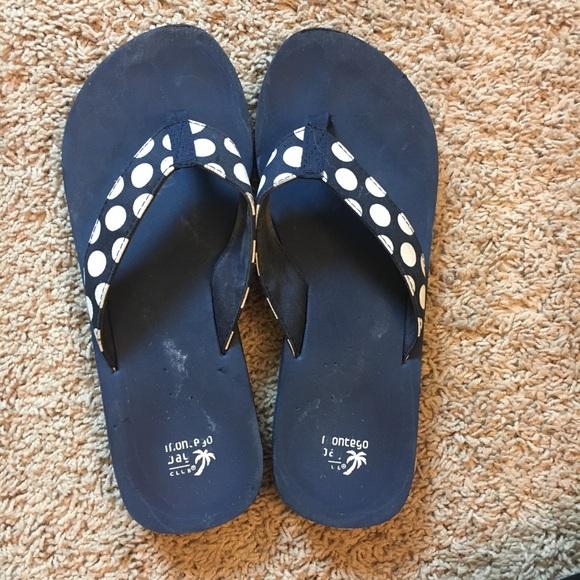 8d200e8ad Montego Bay Polka Dot Thong Sandals Payless. M 5a8c75d72ab8c59565cdad3e